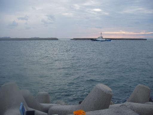 青岸灯台付近